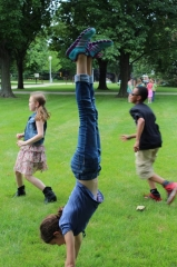 handstand-theater-camp